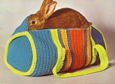 Vintage Crochet Duffle Bag - Free Pattern (sorry, bunny not included :P)