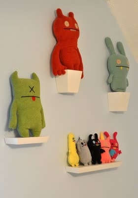 Monster room blog!  Perfect for my ugly doll collection!