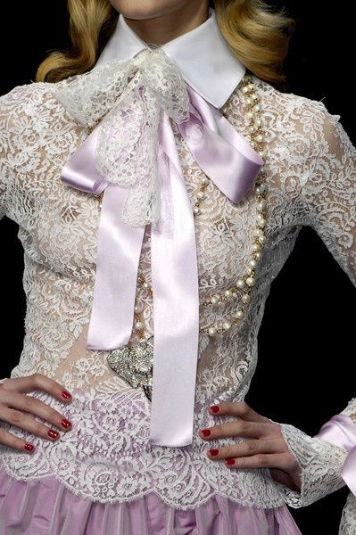 via:http://casadecorada45.blogspot.com.br