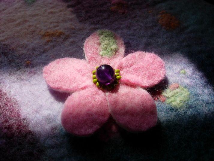 flower brooch from my own felt