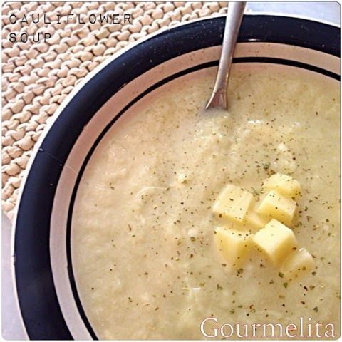 Gourmelita: Cauliflower and Leek Soup