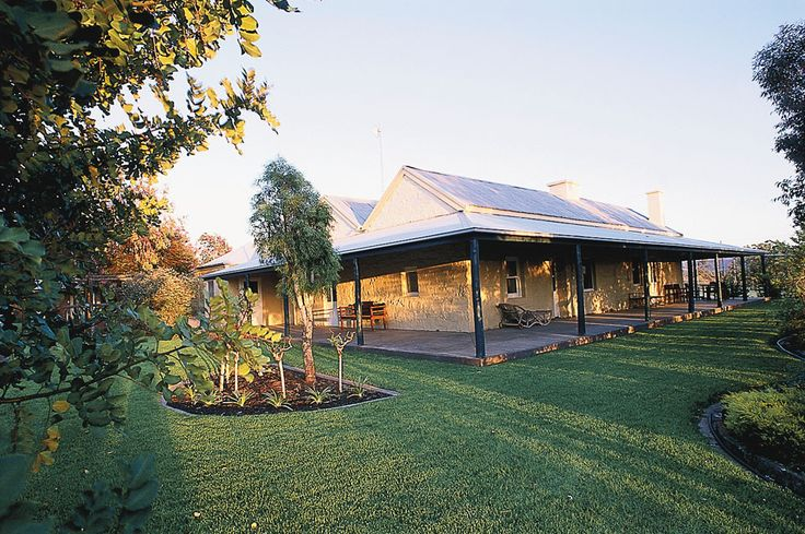 angorichinastation.com.au Outback cattle station at Flinders Range