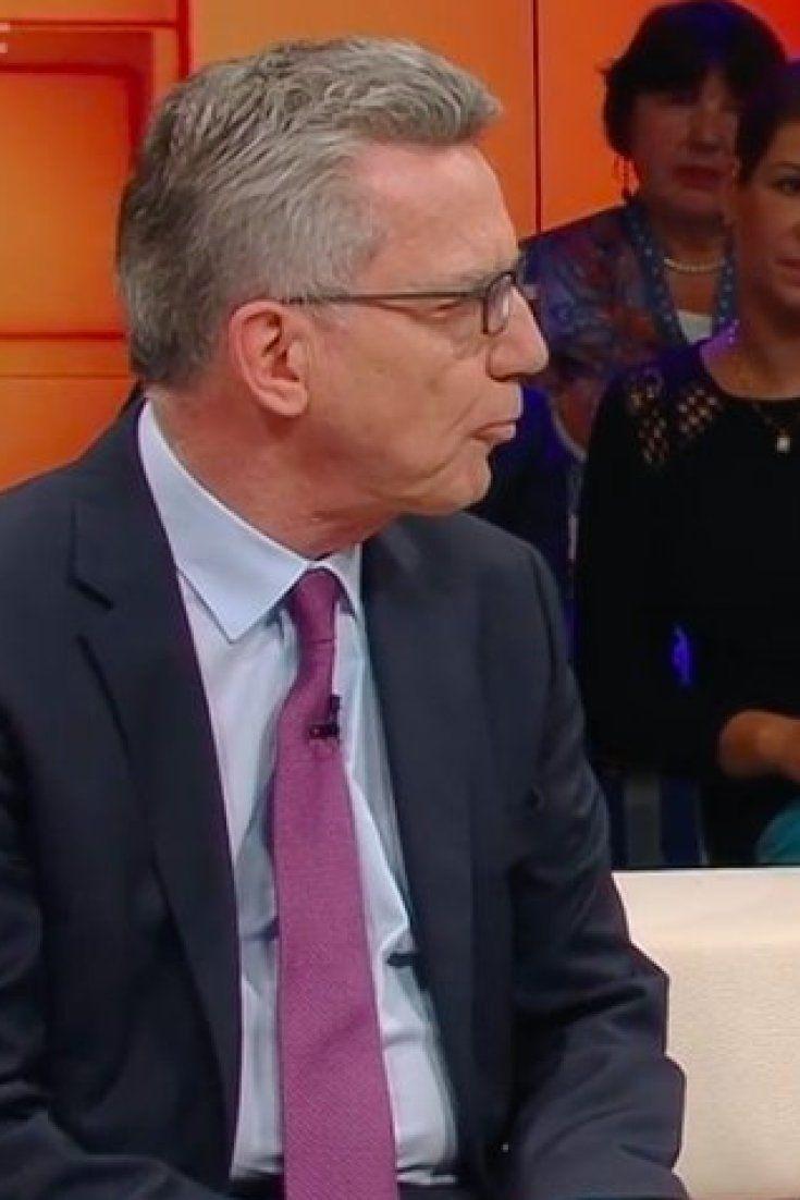 """Bei """"Dunja Hayali"""": Grünen-Politiker Ströbele zieht über die Polizei her - de Maizière weiß sich nicht zu helfen"""