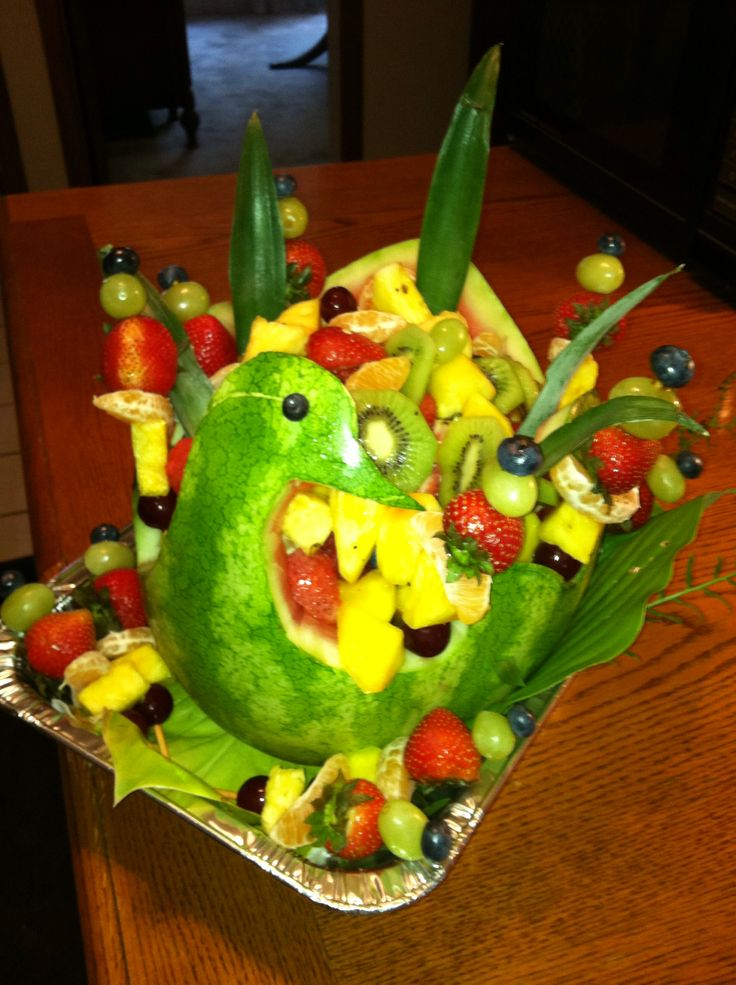 A watermelon duck carving i made for party cooking