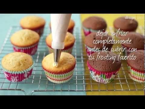 cómo preparar cupcakes de vainilla y chocolate..