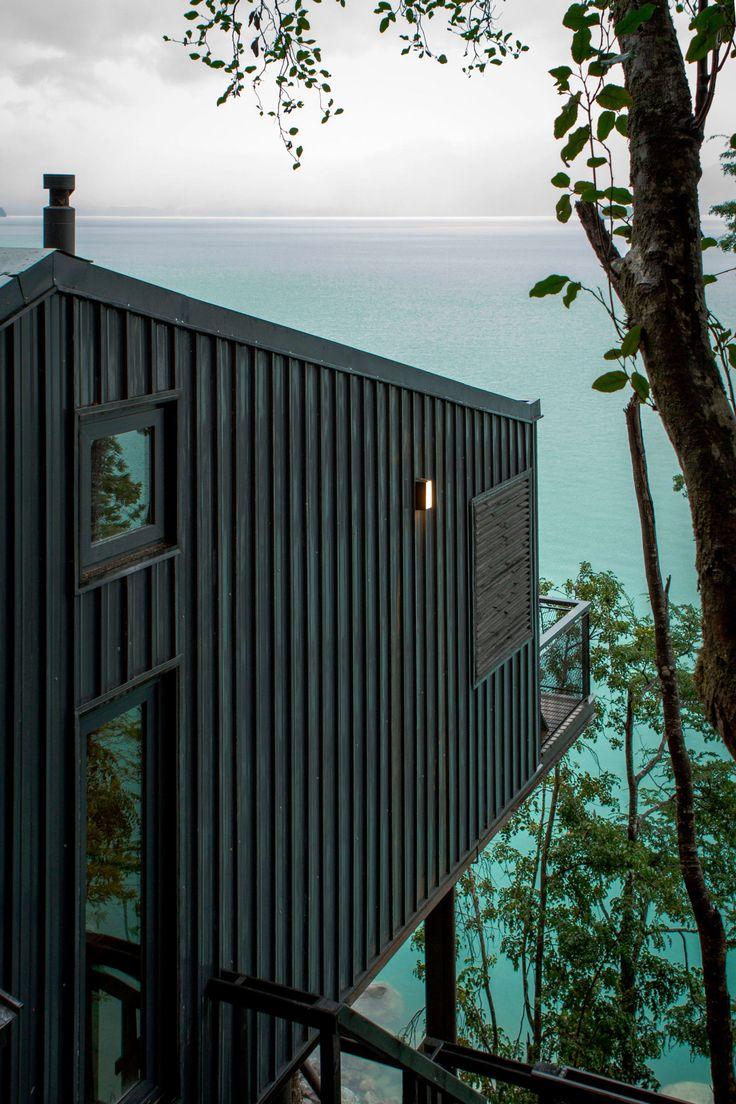Apio Arquitectos, Alejandra Valenzuela · House in Lake Todos los Santos