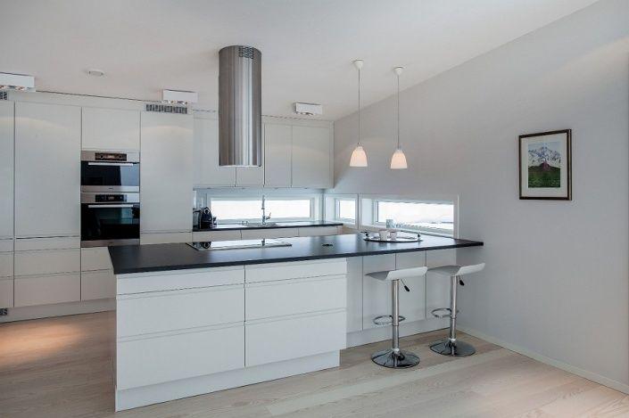 KjØkkenØy: paret ønsket en mer sosial løsning enn kjøkkenet som ...