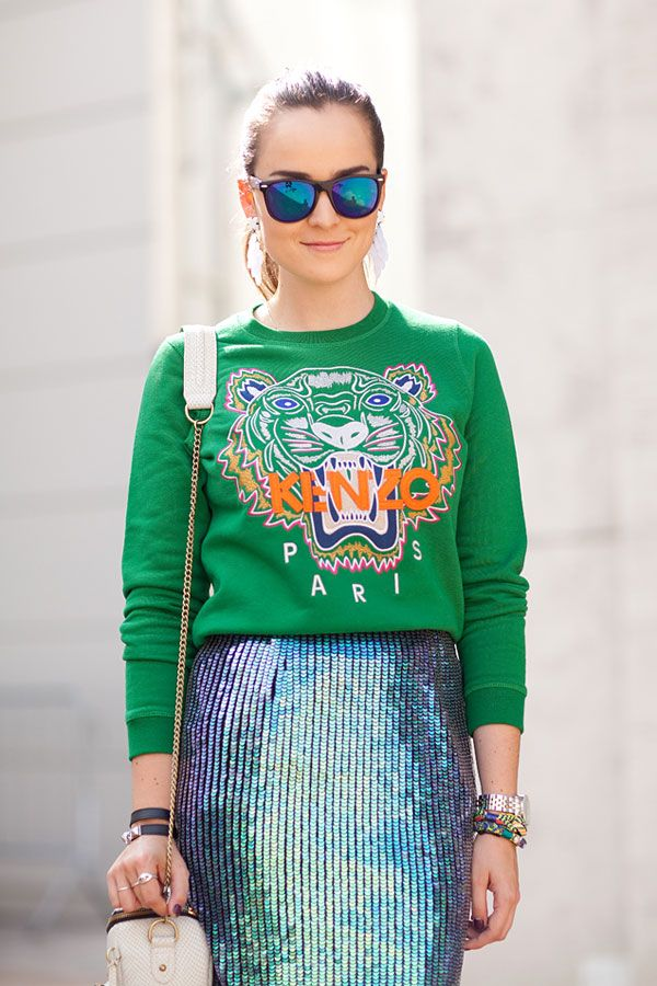 : Sweaters, Mirror Sunglasses, Summer Styles, Dresses Fashion, Fashion Week, Street Styles, Sweatshirts, New York Street, Color Trends