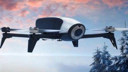 Parrot hat mit der Bebop 2 eine neue Generation seines Quadcopters mit eingebauter Kamera vorgestellt, die über ein Smartphone oder Tablet beziehungsweise eine Funkfernsteuerung geflogen wird.