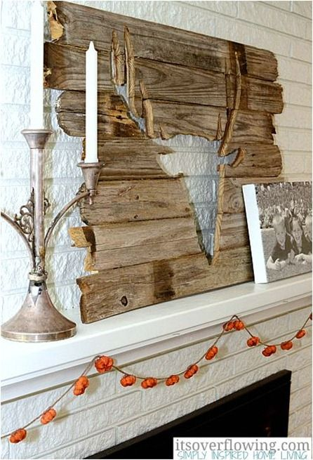 Deer cutout - This is a Deeer I would be mor willing to keep in my living room :)