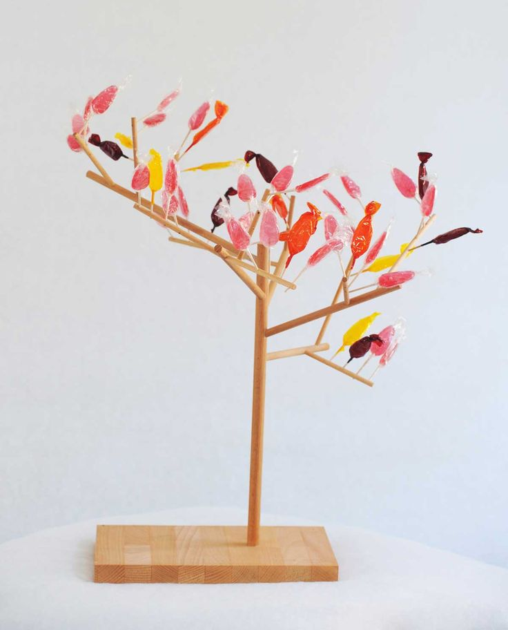 """""""Mangier"""": Eating tree design by Stéphanie Marin"""
