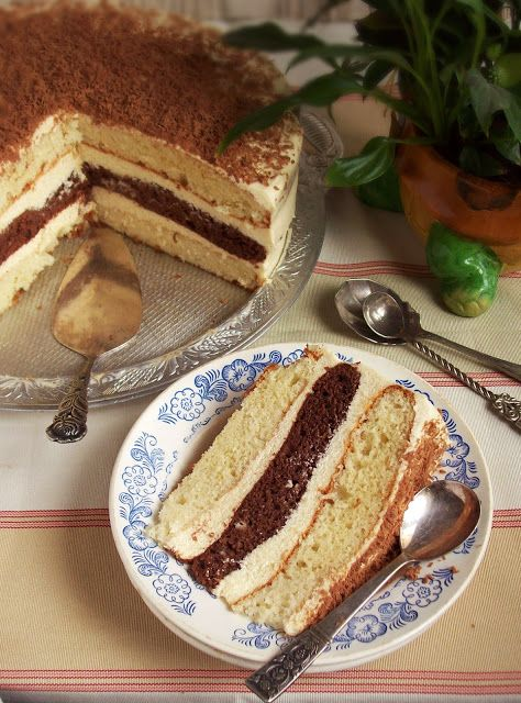 """Сладко и Солено: Домашна торта """"Ванилия"""""""