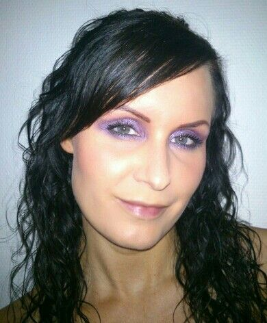 Purple smokey eyes. Learn how to create this beautiful look. Attend my smokey eyes course. Read more here http://beautybybruun.dk/?page_id=336
