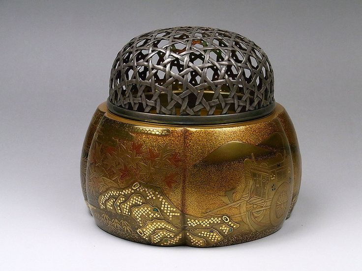 Japanese Gold Makie Lacquer Koro Incense Burner