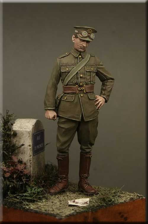 Private, Army Service Corps at the Marne 1914. Click on the pic for more 54mm resin figures.