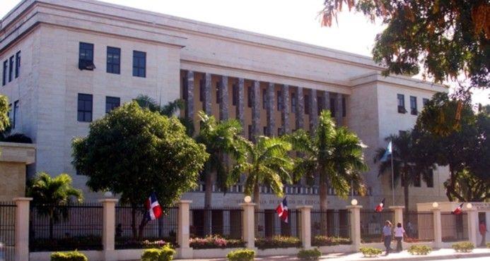 Investigan Muerte De Infante Por Un Golpe Con Una Butaca En Colegio De Santiago
