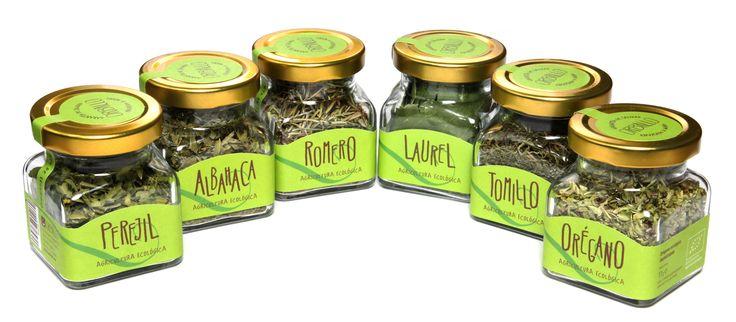 #albahaca #perejil #orégano #tomillo #romero #laurel #basil #parsley #oregano #thyme #rosemary #bayleaves #nuestrosbásicos #ourbasics #Orballo #especiasecológicas #organicspices