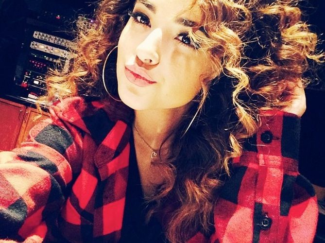 Becky G Instagram | Which Guy is a Fan of Becky G's Bold New Curls?