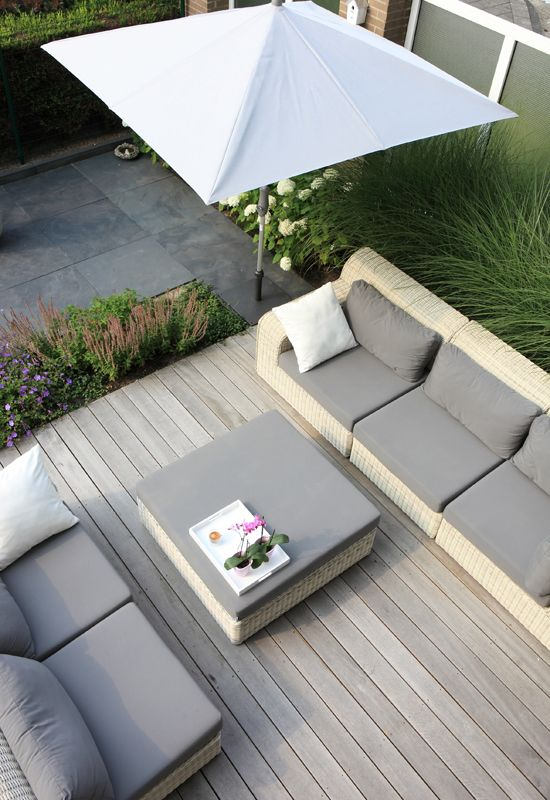 Outdoor modern landscape, clean lines, modern deck, simple outdoor furniture
