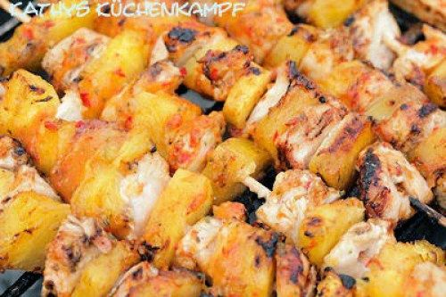 Hähnchen-Ananas-Spieße mit Mango-Honig-Glasur