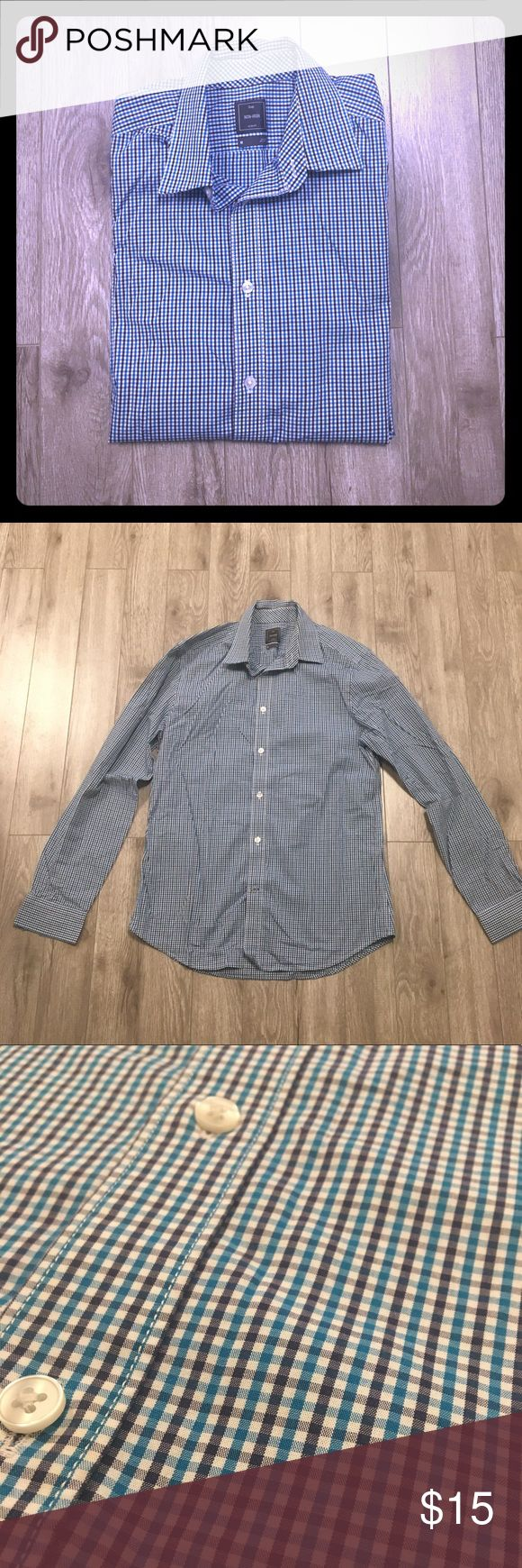 GAP men's dress shirt Gap non iron slim fit dress shirt. New without tags. Perfect condition. Shirts Dress Shirts