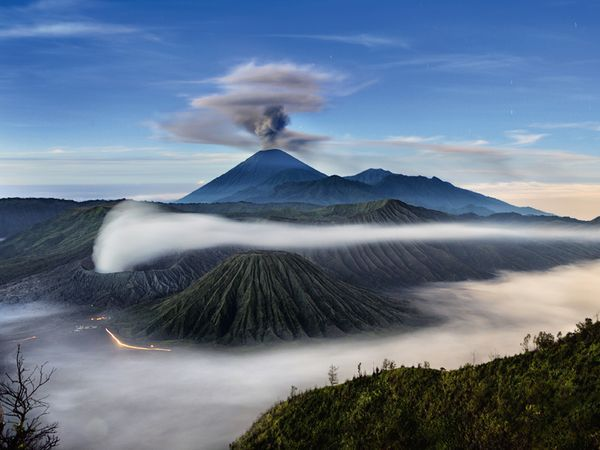 3 volcanos, java