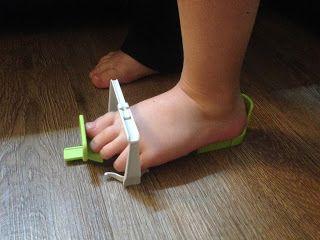 V pavučině: Nadměrek, správná velikost bot, měření nohou