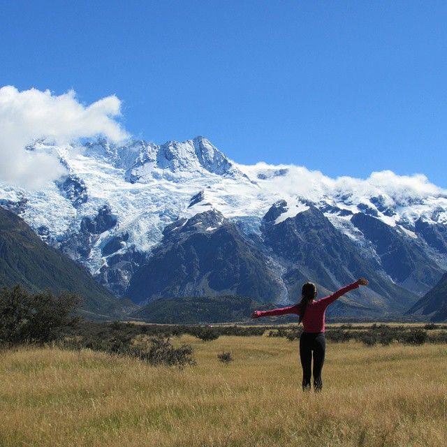 Be grateful. Mount Cook, New Zealand. #nomadiccarol #carolprates @purenewzealand