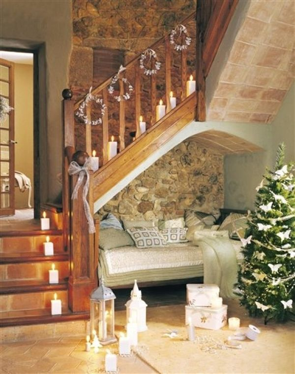 17 best images about stairs on pinterest iron staircase - Jardines interiores pequenos ...