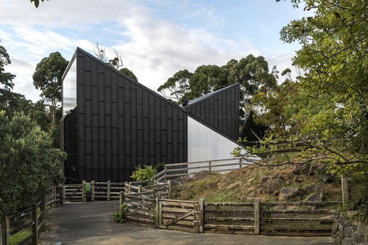 Giraffe House - Auckland Zoo - Monk Mackenzie Architects + Glamuzina Paterson