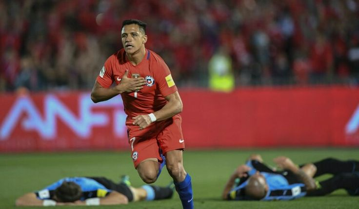 Alexis , En la Seleccion Chilena 3 Uruguay 0