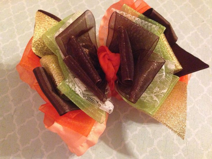 Giggle moon headband made to match harvest party. Double ruffle on headband or clip.
