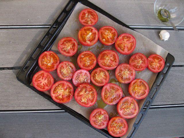crustycorner: Pečená rajčatová omáčka