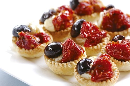 Antipasto Tarts, a great way to start Christmas!