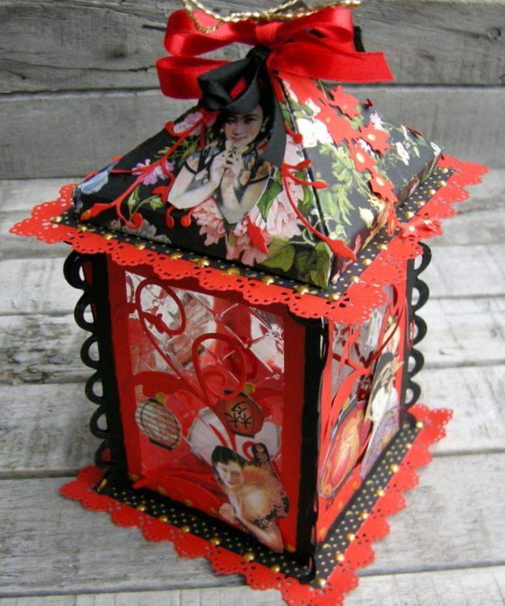 http://piabau.blogspot.com.es/2012/11/2-forskellige-lygter.html