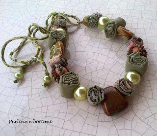 Perline e bottoni: VECCHI AMORI