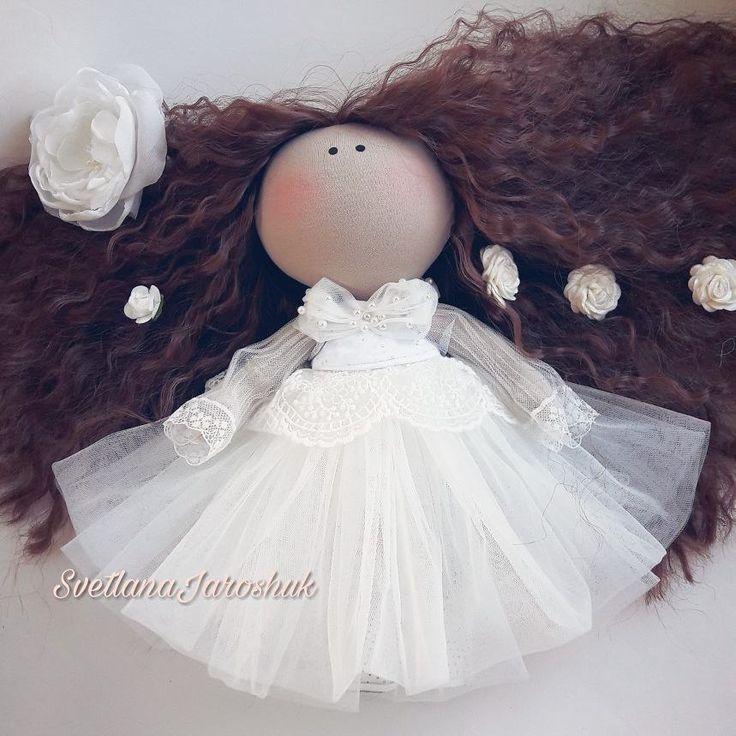 43 отметок «Нравится», 2 комментариев — КУКЛЫ Светланы Ярошук МИНСК🇧🇾 (@svetlanaminsk_dolls) в Instagram: «Привет, моя хорошая!  Знаю, как это быть подружкой невесты! Тебя поглотили хлопоты с выбором платья…»