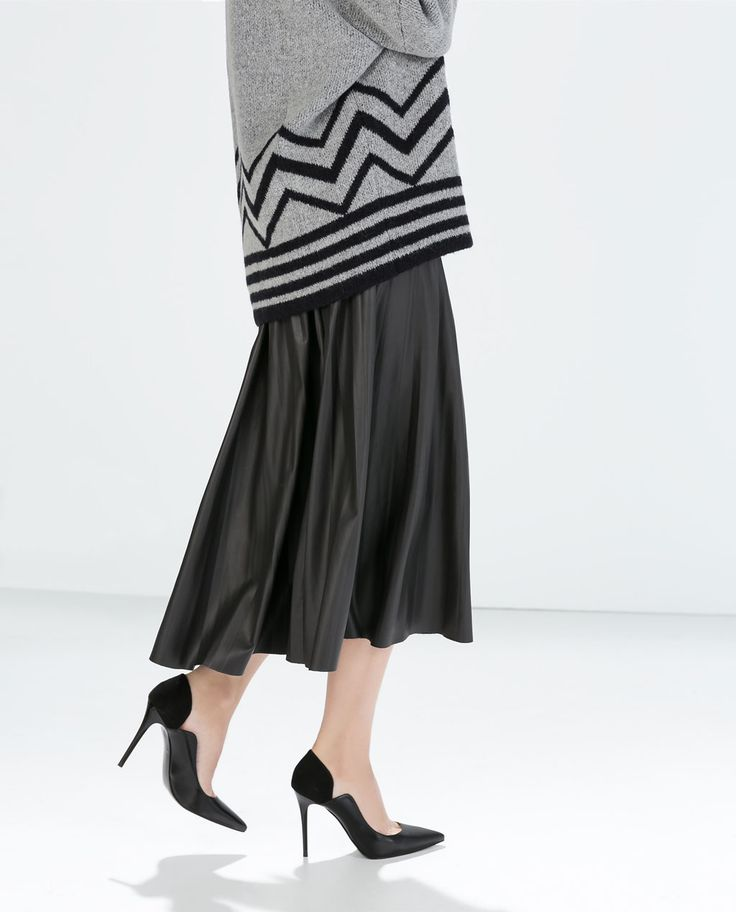 Image 4 of LEATHER-EFFECT LONG SKIRT from Zara