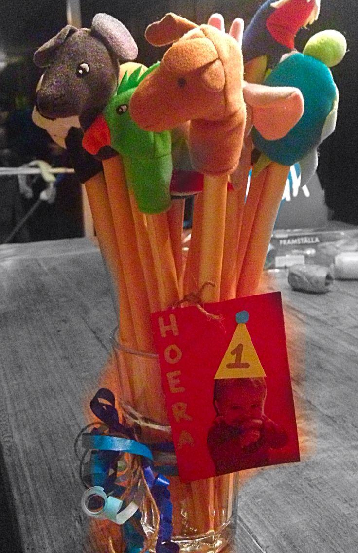 Traktatie kinderdagverblijf Soepstengels met een vingerpopje van de Ikea!
