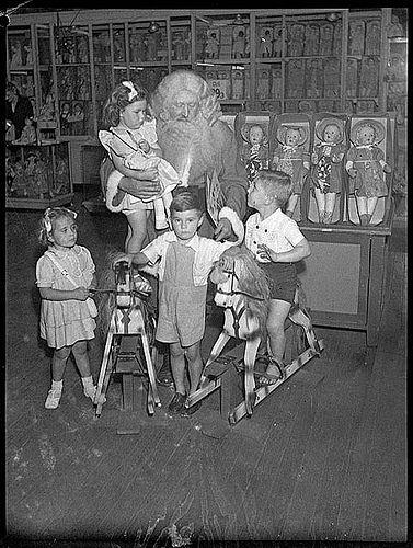 Santa Claus, Grace Bros, Broadway, Sydney, 27 November 1946 / by Sam Hood, via Flickr.