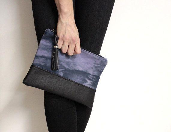 Black Violet Clutch, Hand Dyed Purse, Violet Shibori Purse, Tie Dye Clutch, Black Purple Bag, Purple Shibori Clutch, Cotton Canvas Clutch #clutch #purse #bag #violet #purple #shibori #handdyed #black