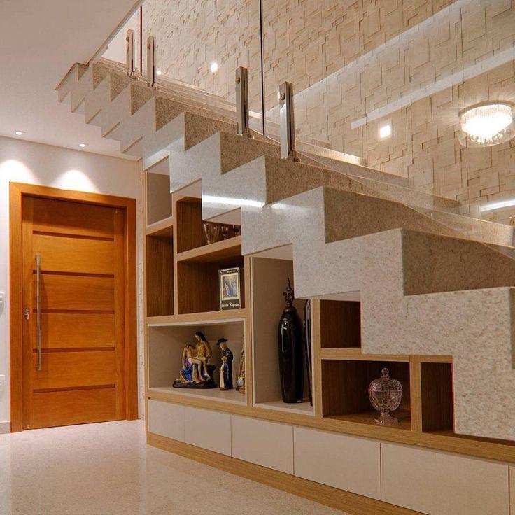 """475 curtidas, 2 comentários - Patrícia CCesca Arquitetura (@patriciaccescaarquitetura) no Instagram: """"- Móvel planejado com nichos e gavetas sob a escada! Detalhes que valorizam e tornam o ambiente…"""""""