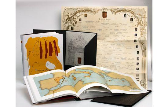 Reyes de Aragón: Proyecto gráfico de impresión personalizado, libro, estuche, cuartillas, cartel...