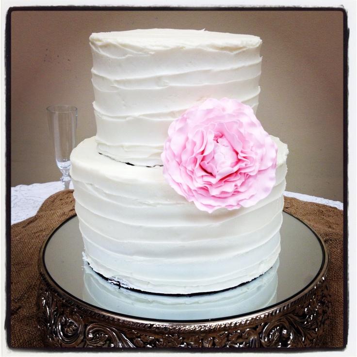 Simple White Wedding Theme: Simple White Wedding Cake With Pink Peony (vanilla Almond
