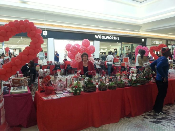 Valentine's Day celebrations & gift tables at Middelburg Mall - 2015.