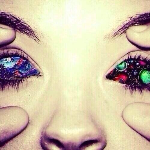 trippy eyes