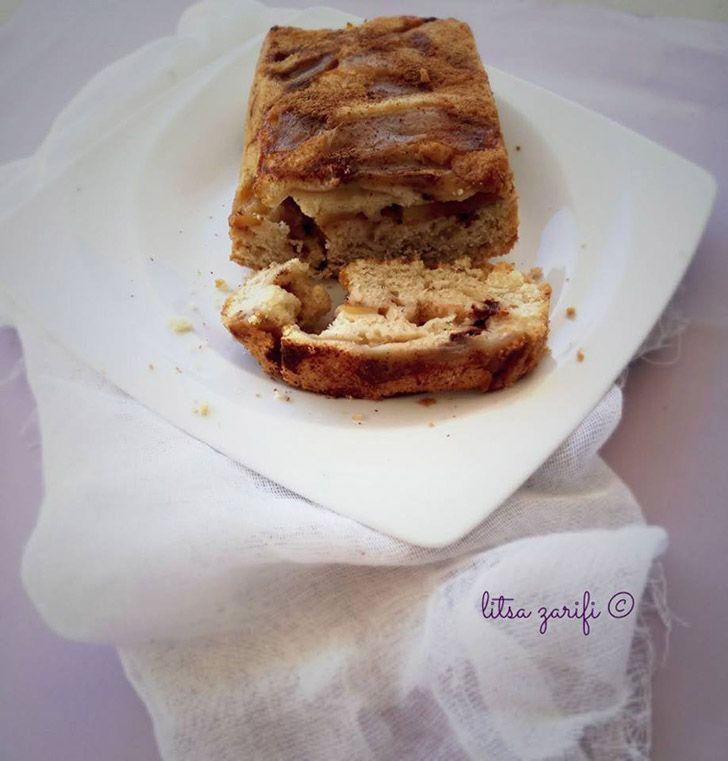 Το αγαπημένο μηλόψωμο της μαμάς δεν θα μπορούσε να λείπει από τις συνταγές μου!  Εκτύπωση Συνταγή: Litsa Zarifi Υλικά 3 μεσαία κόκκινα μήλα, κομμένα