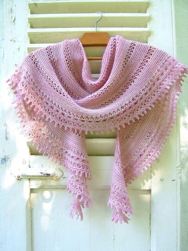 châle rosa-rosae de mam'zelle Flo                                                                                                                                                     Plus