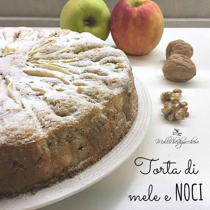 La torta di mele e noci è la torta per eccellenza, ricca di sapore, umida e sofficissima, profuma di autunno e di casa. Adoro le torte di mele, mi fanno ...