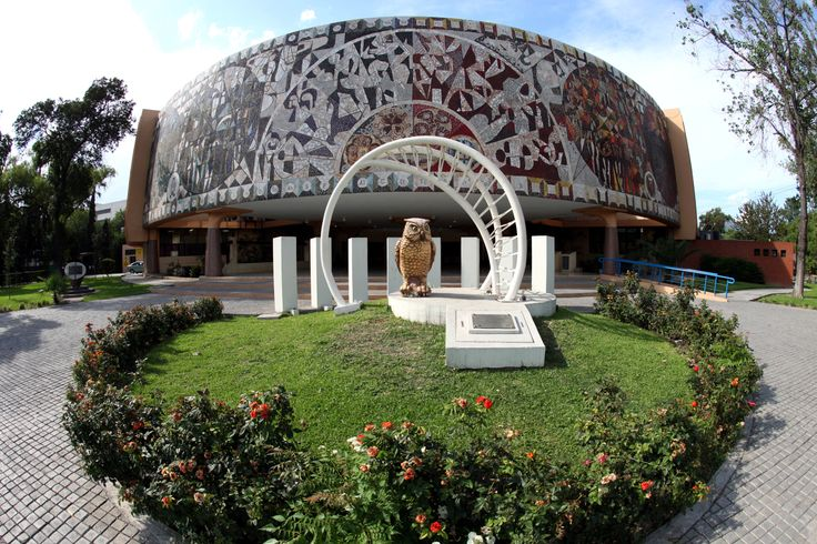 La Facultad de Ciencias Químicas está ubicada en el Campus Ciudad Universitaria en San Nicolás de los Garza, Nuevo León. La FCQ ofrece cuatro carreras y tres estudios de posgrado. ¡Conócela! http://www.fcq.uanl.mx